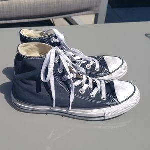 🖤just in!🖤 black classic hightop converse